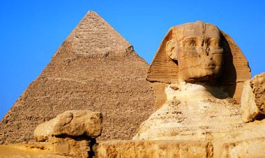 Deluxe 6 night Dubai & Egypt Package with Air