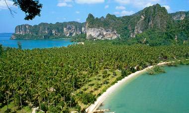 Deluxe Thailand Tour w/ Int'l Air Included