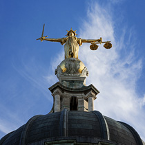 Staute of Lady Justice, Old Bailey, London