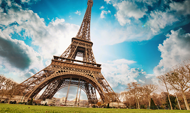 Romantic Seine River Cruise with Paris & Normandy tour