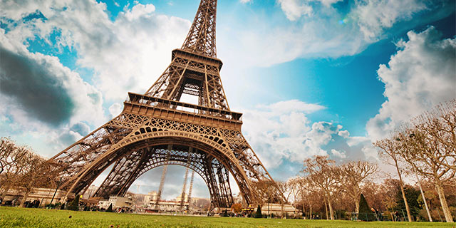 Romantic Seine River Cruise with Paris & Normandy
