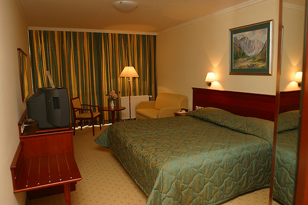 Golf Hotel Guest Rooms
