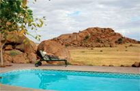 Namib Naukluft Lodge swimming pool