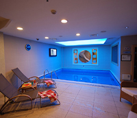 Indoor Jacuzzi swimming pool