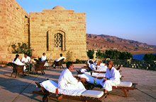 Movenpick Resort and Spa terrace  © Jordan Tourism Board North America