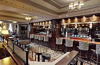 Fara's Bar