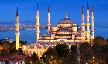 8-Day Affordable Turkey Tour w/ Int'l Flights